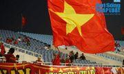 Trận Việt Nam- Malaysia: CĐV nhuộm đỏ