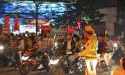 Công an Hà Nội tung lực lượng chống đua xe, đốt pháo trong trận Việt Nam - Malaysia