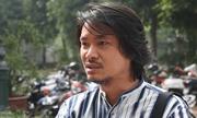Hoãn phiên phúc thẩm vụ \'Tinh hoa Bắc Bộ\', đạo diễn Hoàng Nhật Nam nghẹn khóc trước cổng toà