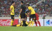 Hành động đẹp của Quang Hải khiến cầu thủ Malaysia