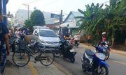 Cảnh sát bắn thủng lốp ôtô chở nhóm giang hồ mang theo rựa, mã tấu đi đánh nhau