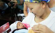 Hành trình kỳ diệu của người mẹ ung thư giai đoạn cuối dành sự sống cho con