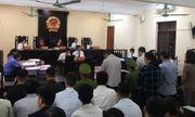 Xét xử vụ gian lận thi cử ở Hà Giang: Vợ ông Triệu Tài Vinh vắng mặt tại phiên tòa