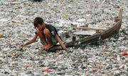 Indonesia sở hữu dòng sông ô nhiễm nhất thế giới chứa hàng trăm tấn rác thải