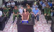 Xét xử vụ gian lận thi cử Hà Giang: Công bố tin nhắn của vợ chủ tịch tỉnh 3 lần nhờ vả