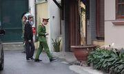 Nhận 3 triệu USD từ Phạm Nhật Vũ, cựu Bộ trưởng Nguyễn Bắc Son mang tiền ra ban công cất giấu