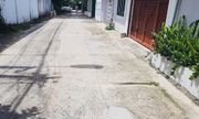 Bình Dương: Truy tìm nhóm người đâm gục nam thanh niên trong hẻm