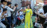 Ngày 20/10 đặc biệt của những cụ bà trong xóm cửu vạn chân cầu Long Biên
