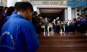 Người thân khóc nghẹn tại tang lễ Thứ trưởng bộ GD-ĐT Lê Hải An