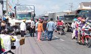 Tin tức tai nạn giao thông mới nhất hôm nay 27/10/2019: Xe tải húc văng 7 xe máy, 11 người bị thương