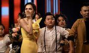 Tin tức giải trí mới nhất ngày 27/10: Sự cốl trao nhầm giải Quán quân trong Chung kết The Voice Kids