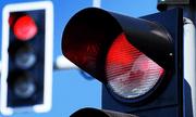 Đèn đỏ rẽ phải có bị phạt hay không?