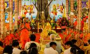 Bình Tây dâng Y KATHINA cùng hội đồng điều hành học viện Phật giáo Nam Tông KHMER