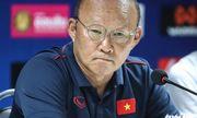 Ông Park Hang-seo lên tiếng đáp trả việc HLV Thái Lan tố Bùi Tiến Dũng ăn vạ