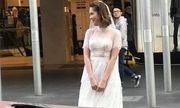 Ngoại hình khác lạ khi diện váy cưới giữa phố và những pha chụp lén