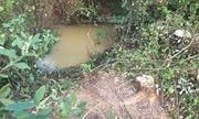 Bàng hoàng phát hiện người đàn ông tử vong dưới kênh thoát nước