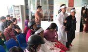 Nam thanh niên đột tử khi truyền nước, người thân kéo đến trung tâm y tế