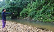 Nghệ An: Xuống khe suối nhặt bóng, bé trai 2 tuổi bị nước cuốn tử vong thương tâm