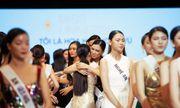 """Top 60 Hoa hậu Hoàn vũ Việt Nam 2019 đối mặt thử thách loại người trong tập 7 """"Tôi tỏa sáng"""""""