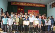 Khen thưởng các ngư dân dũng cảm cứu 41 người gặp nạn trên quần đảo Trưởng Sa