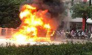 Vụ xe Mercedes gây tai nạn liên hoàn ở Hà Nội: Nạn nhân sống sót sợ hãi kể lại phút thoát khỏi