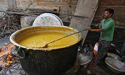 Xót xa bé trai 3 tuổi tử vong vì ngã vào nồi cà ri