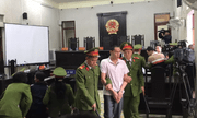 Video: Toàn cảnh phiên tòa xét xử mẹ nữ sinh giao gà bị sát hại ở Điện Biên cùng đồng phạm