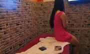 Bất ngờ kiểm tra quán massage Thiên Thai, phát hiện 4 chân dài đang phục vụ khách