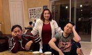Hoài Linh đoàn tụ cùng gia đình ở Mỹ, bĩu môi khi được Dương Triệu Vũ dẫn đi ăn