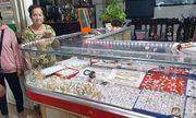 Chủ tiệm vàng bị cướp ở Long An:
