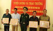 Khen thưởng 6 người dân giao nộp 25 bánh heroin cho đồn biên phòng