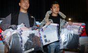 Cảnh sát Hong Kong gỡ thành công hai quả bom tự chế chứa 10kg chất nổ ngay trên sân trường học
