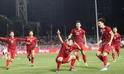 Video: U22 Việt Nam nhận quà đặc biệt từ đội tuyển bóng đá nữ trước chung kết SEA Games 30