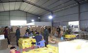 Đồng Nai: Đột kích khu nhà xưởng, tạm giữ hàng ngàn chai nước ngọt giả thương hiệu nổi tiếng
