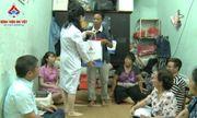 Bệnh viện đa khoa An Việt thăm, tặng quà và hứa chăm sóc sức khỏe cho gia đình khó khăn ở Hà Nội