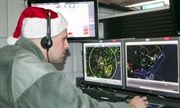 Bộ tư lệnh Phòng không Bắc Mỹ huy động radar, vệ tinh, mở chiến dịch theo dõi ông già Noel