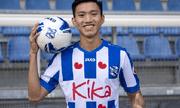 Cựu HLV của SC Heerenveen cho rằng Văn Hậu đang nhận lương quá cao so với trình độ