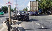 Tin tai nạn giao thông mới nhất ngày 6/1/2020: Xe container húc ô tô, 4 người nhập viện cấp cứu
