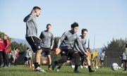 Văn Hậu sang Tây Ban Nha tập huấn, quyết ghi điểm trận giao hữu giành suất đá chính tại Heerenveen