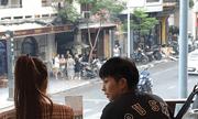 """Gil Lê thân mật với """"người tình tin đồn"""" Hoàng Thùy Linh tại quán cà phê"""