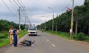 Chiến sĩ CSGT bị nam thanh niên không đội mũ bảo hiểm đi xe máy tông trọng thương