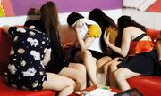Tin tức thời sự mới nóng nhất hôm nay 13/1/2020: Bắt quả tang 7 nữ tiếp viên quán karaoke khỏa thân phục vụ khách