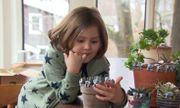 Cậu bé 6 tuổi nặn đất sét để quyên góp 20.000 USD cho vụ cháy rừng ở Australia