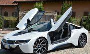 """BMW bị chính đối thủ đồng hương """"hất cẳng"""" khỏi vị trí ngôi đầu thị trường ôtô xa xỉ"""