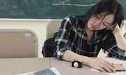 Cô giáo hút ngàn lượt theo dõi chỉ sau một đêm nhờ bức ảnh ngủ gật cực duyên