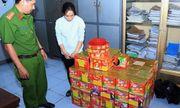 Bắt quả tang người phụ nữ mua hơn 200 kg pháo lậu