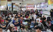 Hàng nghìn người dân đổ về bến xe lớn nhất TP.HCM ngày cận Tết
