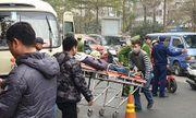 Hà Nội: Bàng hoàng phát hiện tài xế tử vong trên ghế lái, cửa xe có vết máu