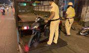 Bị cướp giật trên đường về quê ăn Tết, đôi nam nữ được CSGT