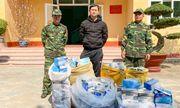 Tóm gọn đối tượng vận chuyển gần 9000 khẩu trang y tế vượt biên sang Trung Quốc bán kiếm lời